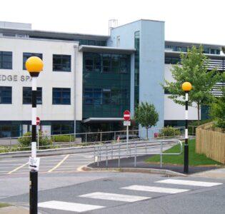 BG2-A Royal Cornwall Hospital Belisha Beacon